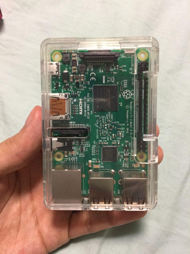 Raspberry Pi3の表面