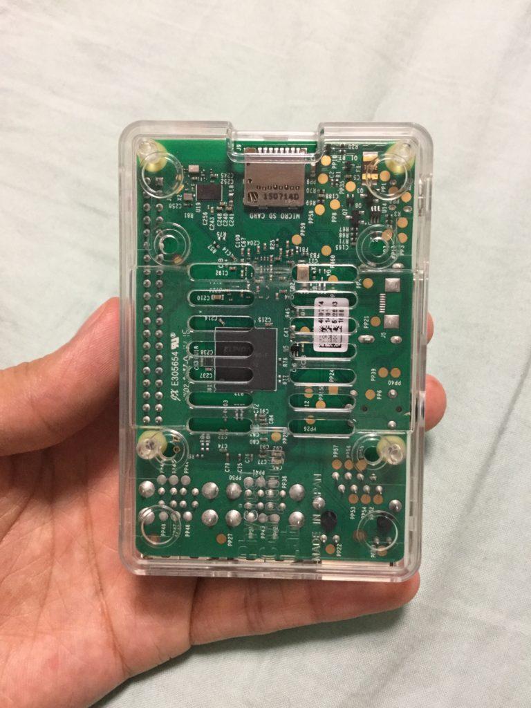 Raspberry Pi3の裏面